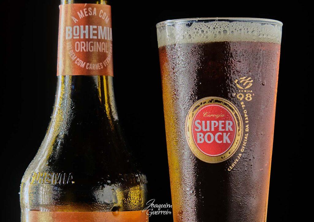 Serveja Sagres Boemia e copo Super Bock
