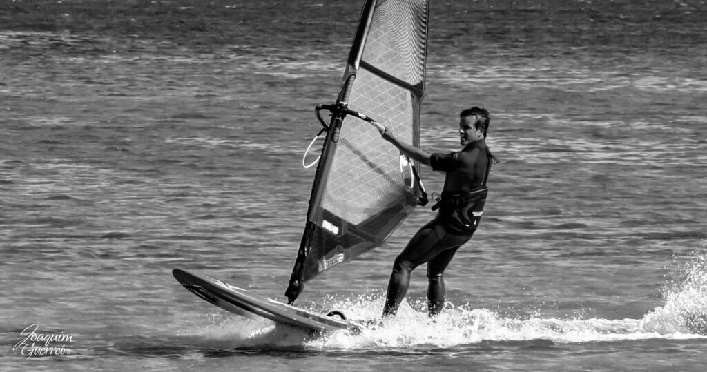 windsurf em Lagos Algarve PB